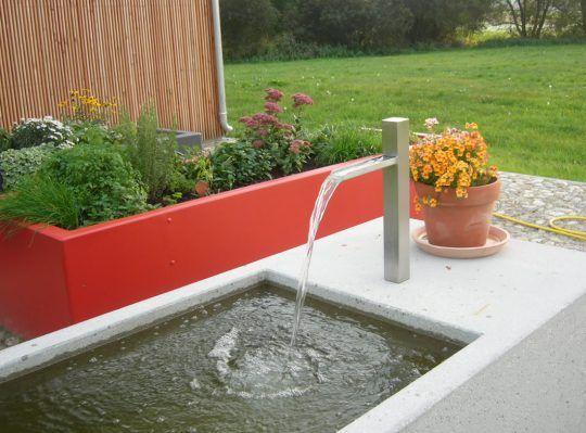 Brunneneinlauf in München und Hochhbeete in Aluminium pulverbeschichtet.