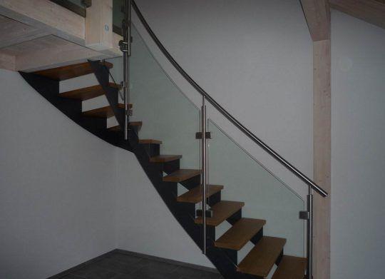 Edelstahlgeländer Rosenheim - Treppengeländer mit Glasfüllung