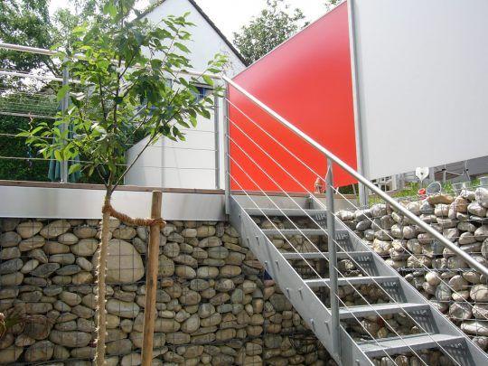 Sichtschutzwand München - Trespa verschiedenfarbig