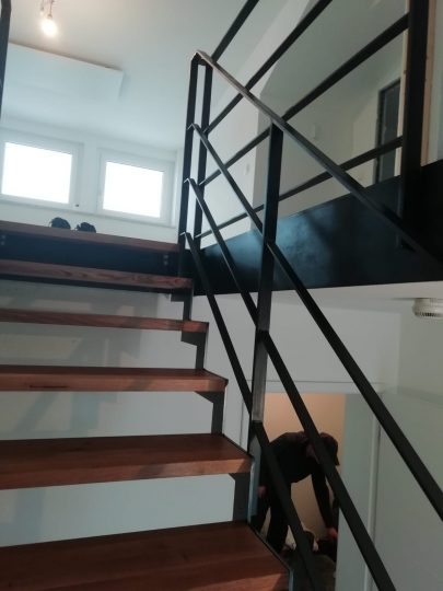 Treppenwangen und Geländer