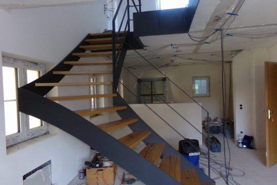 Wangentreppe - Montage bei Wohnungsrenovierung in Grabenstätt im Chiemgau